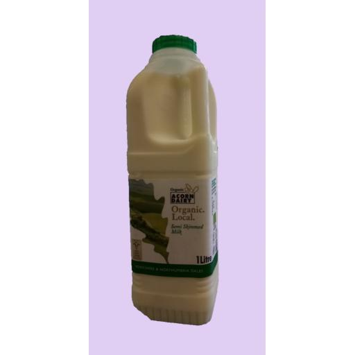 Weekly Organic Semi Skimmed Cows Milk