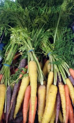 Rainbow Carrots.png