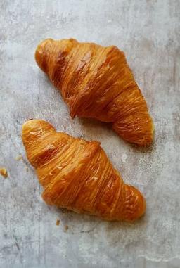 Plain croissant.png
