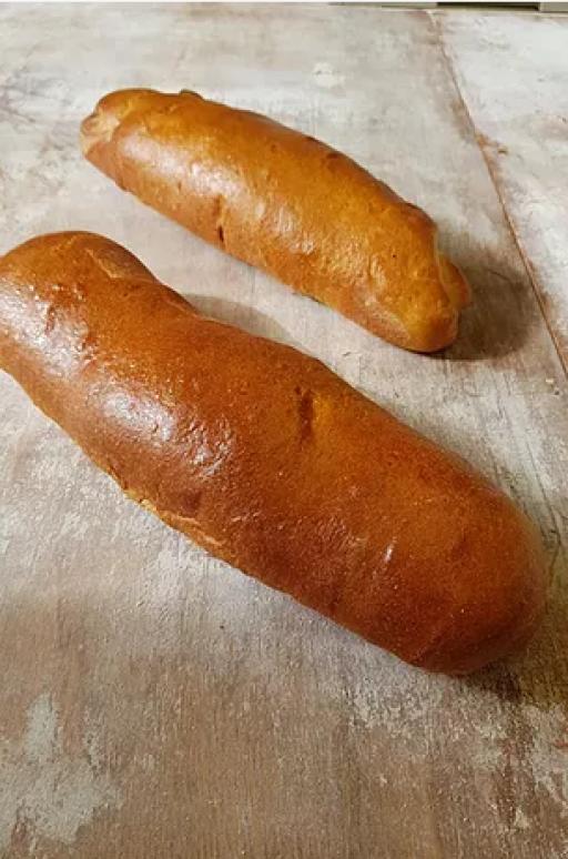 Brioche hot dog bun 7inch.png