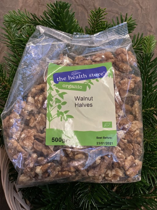Walnut Halves - 500g - 9.99.jpg