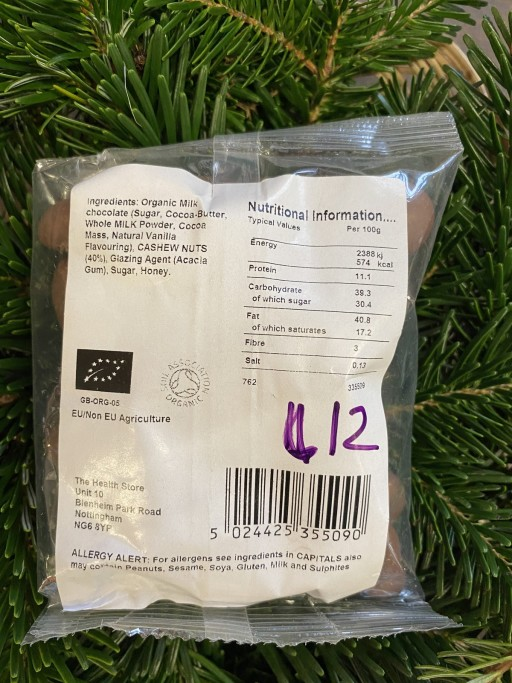 Milk Chocolate Cashews - 125g - £4.65 2.jpg