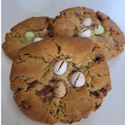 mini egg cookies.jpg